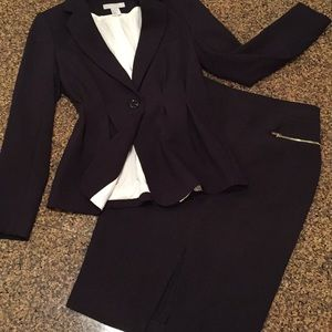 Black suit work formal jacket skirt BCBG 6 - 8 H&M